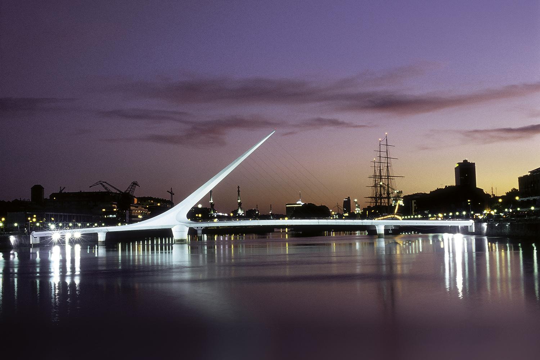 Puerto Madero - Puente de la Mujer - Nocturna