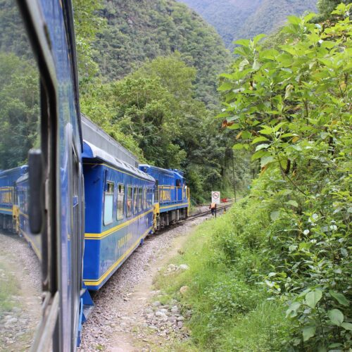 5-peru-active adventures-train